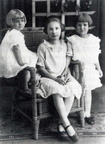 Daughters of Clay and Floss Ham: Doris, Ruth and Grace.