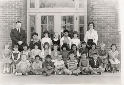 Class of 75-1st Gr - Garfield-Mr.Polley/Mrs. Spicer