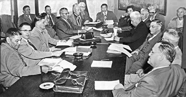 Yakama Council Meets with Corp, 1954